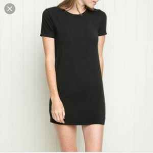 Black ribbed t-shirt dress Brandy Melville os